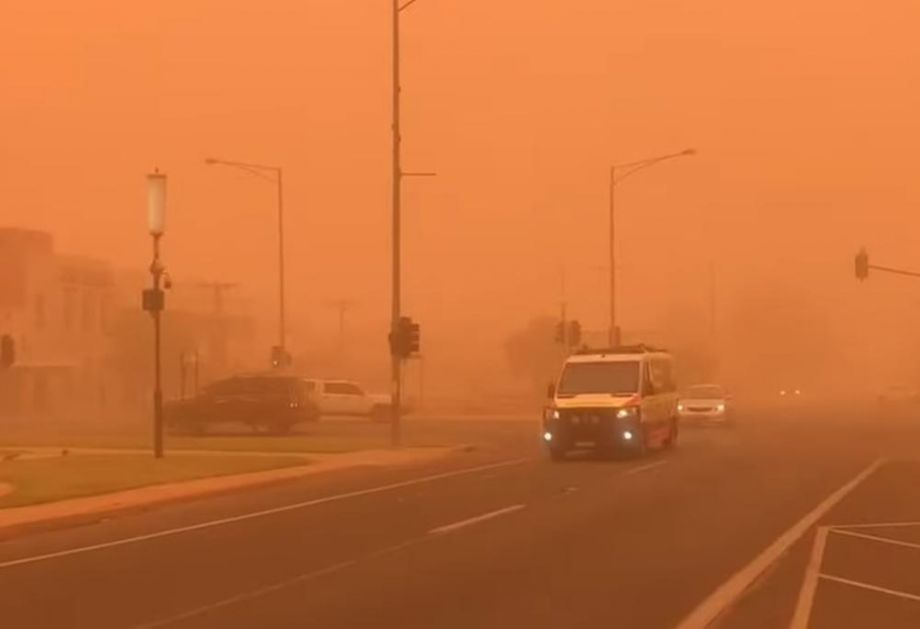 APOKALIPTIČNE SCENE U AUSTRALIJI: Nebo potpuno narandžasto, prže se na 40 stepeni, a leto tek stiže! (VIDEO)