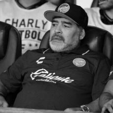 Preminuo Dijego Armando Maradona