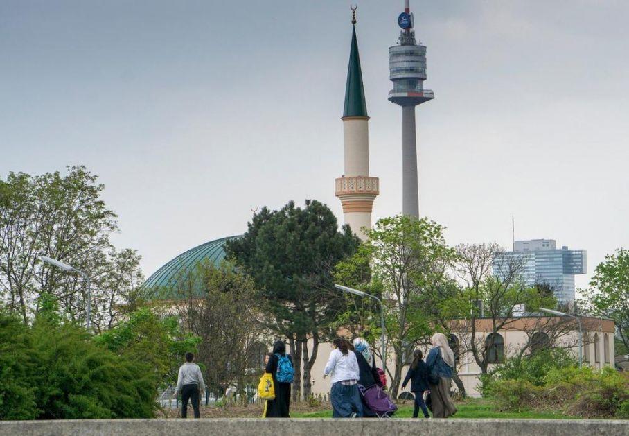 AUSTRIJANCI SVE MANJE VOLE MUSLIMANE: Čak 62 odsto smatra da je suživot sa njima loš