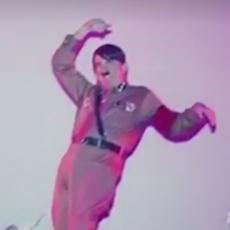 AUTENTIČNE ŠOK FOTOGRAFIJE: Nacisti se tokom rata oblačili KAO ŽENE - brushalteri, suknjice... (VIDEO)