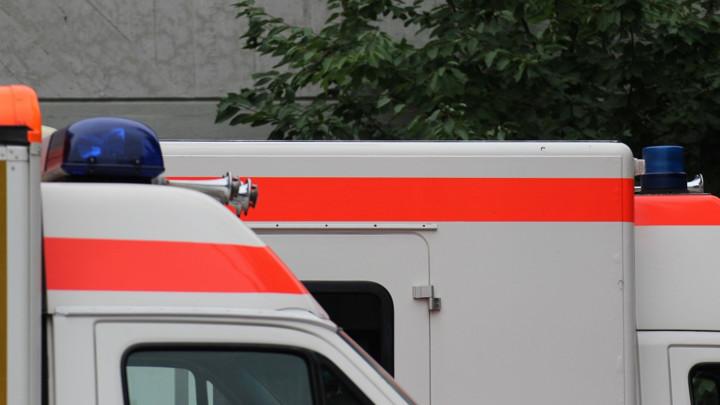 AUTOBUS PREŠAO U DRUGU TRAKU I ZAKUCAO SE U KAMION: Poginulo 36 ljudi