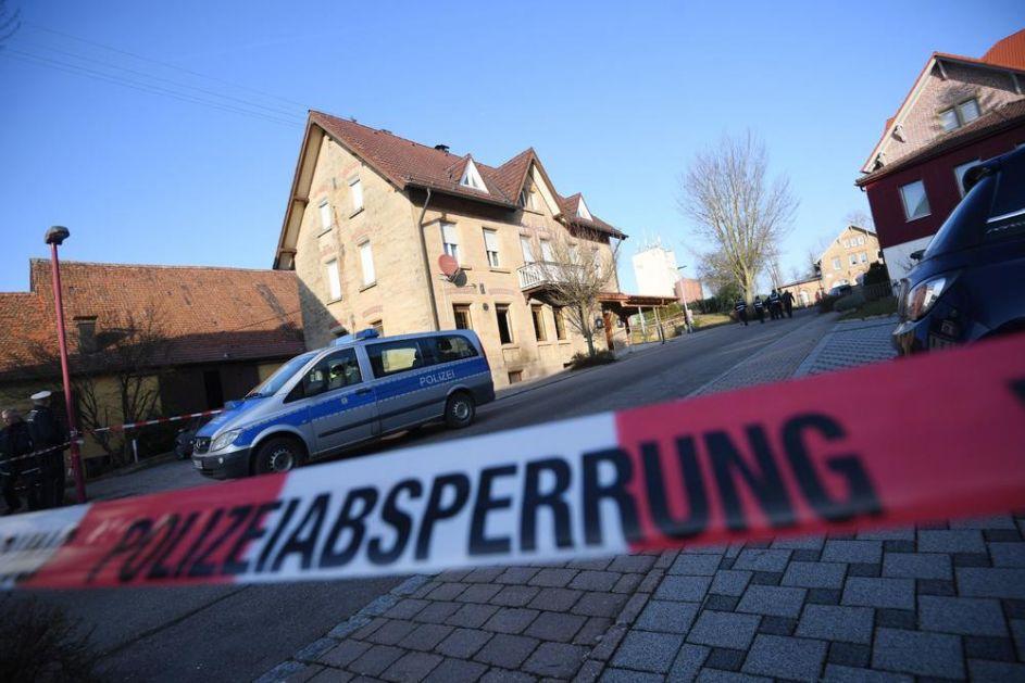 AUTOM KOSIO LJUDE PO PEŠAČKOJ ZONI: U nemačkom Triru poginulo 4 ljudi, među njima otac i beba (VIDEO)