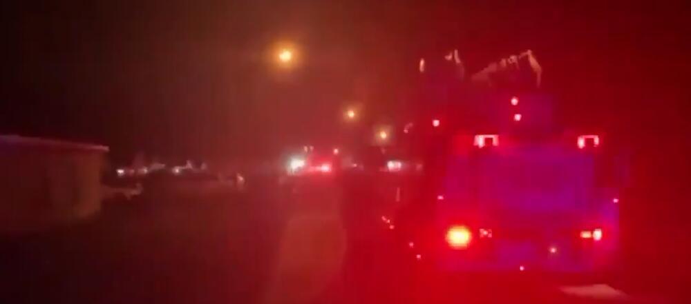AVION SE SRUŠIO NA KUĆU: Poginuo jedan stanar i tri putnika, među njima i dvogodišnje dete VIDEO