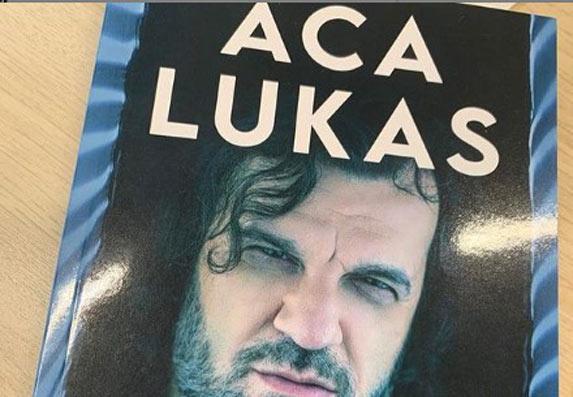 Aca Lukas u svojoj knjizi otvorio dušu: Sablja, zatvor, ubice...