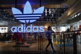 Adidas i drugi odlučili da ne plaćaju kiriju za prodavnice