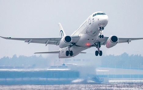 Adria Airways nabavlja petnaest Sukhoi Superjet 100 putničkih aviona