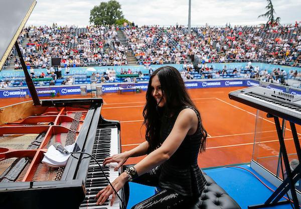 Adria tur će vas naterati i da se oduševite ruskom pijanistkinjom! (foto)