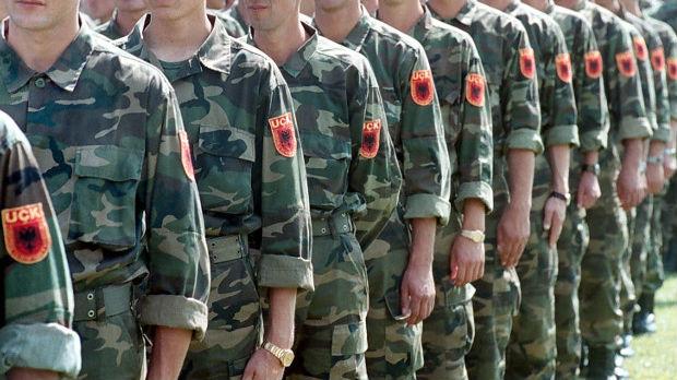 Dvojica komandanata OVK danas u Hagu, Ljuštaku angažovao Džefrija Najsa