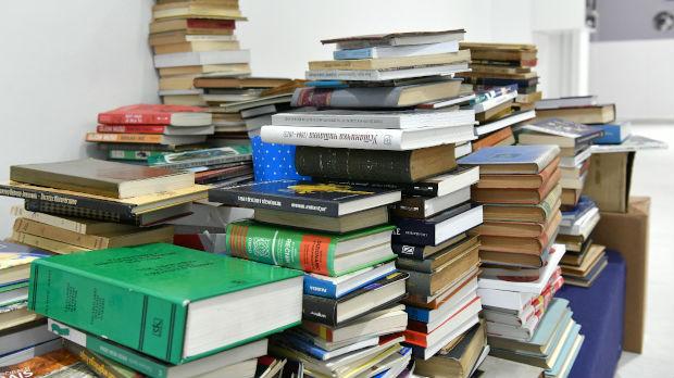 Akcija Knjiga na dar – građani donirali više od 1.000 knjiga za jedan dan