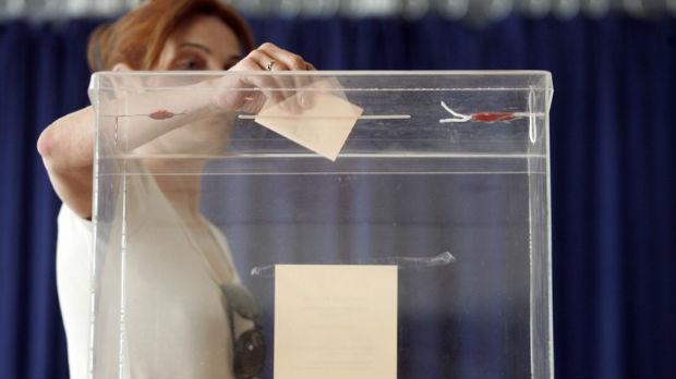 Ako Srbija ima sedam miliona stanovnika, kako to da ima čak 6,7 miliona birača