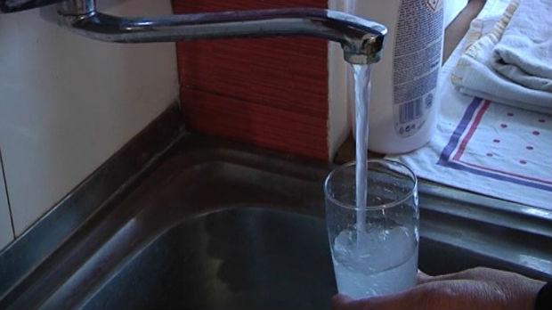 Ako je voda iz česme neispravna, moramo li da je plaćamo