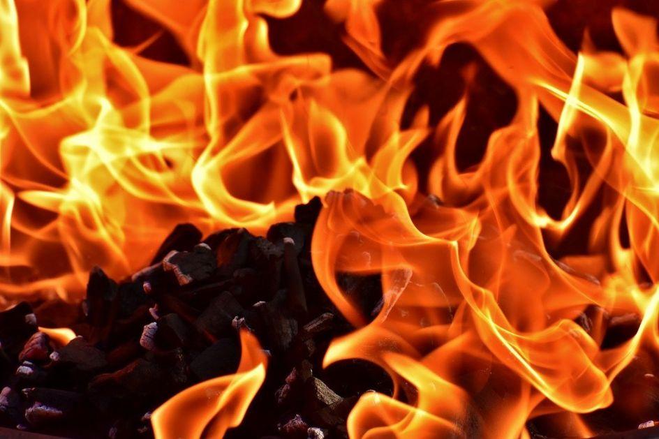 Albanija: Požar u zvoniku pravoslavne crkve u Elbasanu