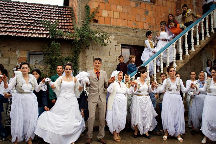 Za udaju facebook albanke SRBI KUPUJU