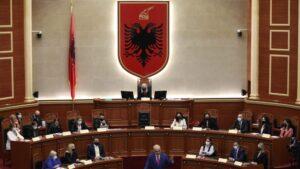Albanska skupština izglasala vladu, od 17 članova 12 su žene