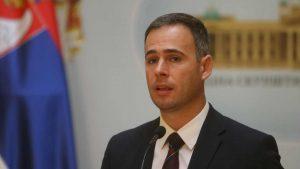 Aleksić: Mladića koji je ležao na zemlji tukli inspektori povezani sa Dijanom Hrkalović