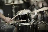 Amadeus bendu stižu bezosećajne ponude: Pustite nas da ožalimo brata kako dolikuje