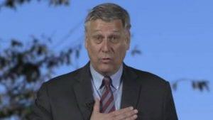 Ambasador SAD: Osuđenim ratnim zločincima nije mesto u Vladi Kosova