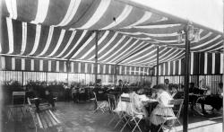 Američke škole zbog epidemije pripremaju nastavu napolju, kupuju i šatore