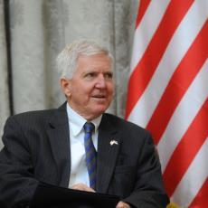 Američki ambasador Kajl Skat se OVOM slikom oprašta od Srbije! Evo šta će mu nedostajati!