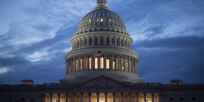 Američki budžetski deficit premašio hiljadu milijardi dolara