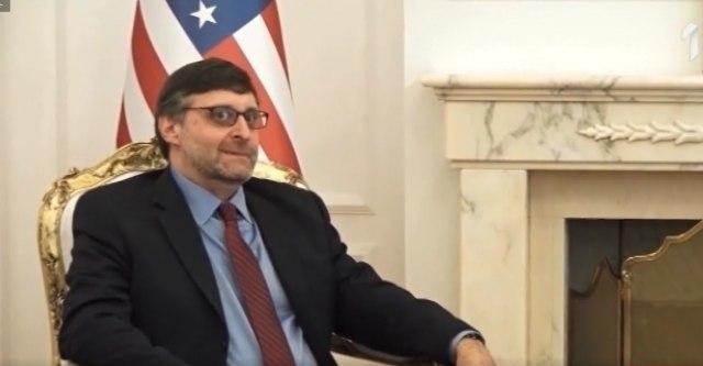 Amerika ima uticaj, Amerika ima prioritet - problem Srbije i Kosova
