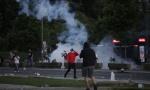 Amerika osuđuje nasilje na protestima u Beogradu: Koordinisani napadi na policiju, kao da žele da izazovu preteranu reakciju