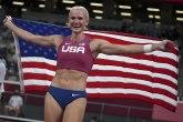 Amerikanki zlato u skoku s motkom, Stefanidi bez medalje