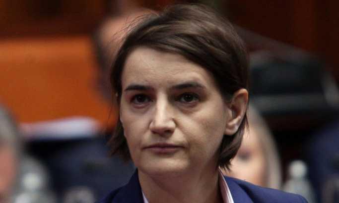Ana Brnabić nema znanja na vodi Vladu, sledi nam opštenarodno nezadovoljstvo
