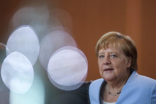 Angela odlazi u Mađarsku da joj oda počast za potez kojim je pala Gvozdena zavesa