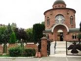 Anketa: Treba li crkva da plaća porez na imovinu?