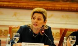 Apostolova Vladi Kosova: Izgubili ste godinu dana u primeni Agende evropskih reformi