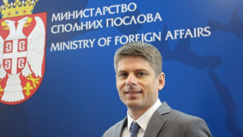 Arno Gujon - od ekstremne desnice do funkcije u Vladi Srbije