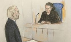 Asanž se pojavio pred londonskim sudom, delovao utučeno i zbunjeno