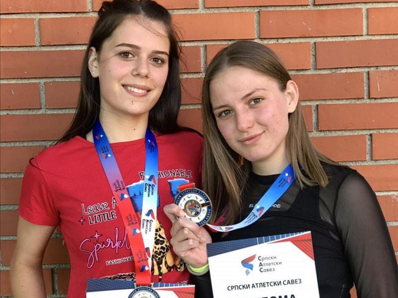 Atletičarke Dubočice na republičkom takmičenju osvojile dve srebrne medalje