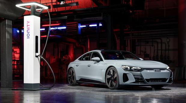 Audi prestaje da proizvodi dizelske i benzinske automobile već 2026. godine (dopunjeno)