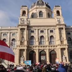 Austrijanci protestuju protiv mera za korona virus, na skupu primećeni i neonacisti (VIDEO)
