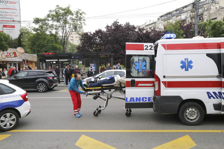 Autom pokosio ženu na pešačkom prelazu u Beogradu
