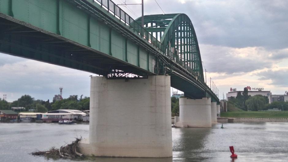Aviobomba kod Tramvajskog mosta, ali ne brinite...