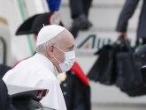 Avion je poleteo, papa odlazi u istorijsku posetu