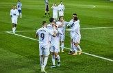 Azar i Benzema dirigovali, Real napunio mrežu Alavesa