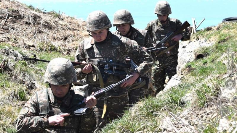 Azerbejdžan osudio 13 jermenskih vojnika na 6 godina zatvora