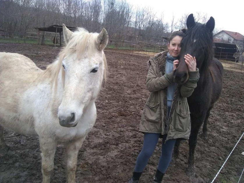 Azil za konje u Lapovu opstaje voljom ljudi i ljubavlju prema životinjama
