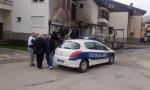 BAČENE BOMBE ISPOD VOZILA PRIVREDNIKA: U trenutku detonacije bio sa ženom i decom u kući, požar progutao automobile, zahvatio i porodični dom (FOTO+VIDEO)