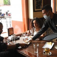 BAHATOSTI KOD HRVATA NEMA KRAJA: Lokalac seo da popije kafu, a kad je dobio račun POLUDEO OD BESA