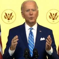 BAJDEN SE OBRATIO NACIJI PRED PRAZNIK: Novoizabrani predsednik poslao moćnu poruku Amerikancima (VIDEO)