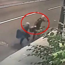 BAKA (70) ZAUSTAVILA LOPOVA DUPLO JAČEG OD SEBE: Pokušao da joj otme torbu, ali se branila po cenu života (VIDEO)