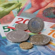 BANKE MORAJU DA VRATE PARE GRAĐANIMA SRBIJE: Raskinut ugovor o kreditu u ŠVAJCARCIMA