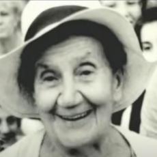 BESMRTNA PESNIKINJA: Poslušajte kako Desanka Maksimović KAZUJE SVOJE STIHOVE koje bismo MORALI da znamo (VIDEO)