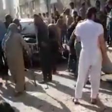 BESTIDAN NAPAD NA CIVILE U ALEPU: Niko nije očekivao eksploziju, samo je odjednom žestoko puklo (VIDEO)