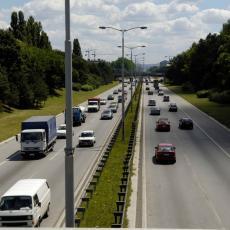 BEZBEDNOST NA SRPSKIM PUTEVIMA: Ograničenja za probne vozače sve rigoroznija!